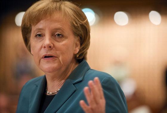Angela Merkel, Chancelière fédérale d'Allemagne lors de son discours dans l'hémicycle / Session avril 2008